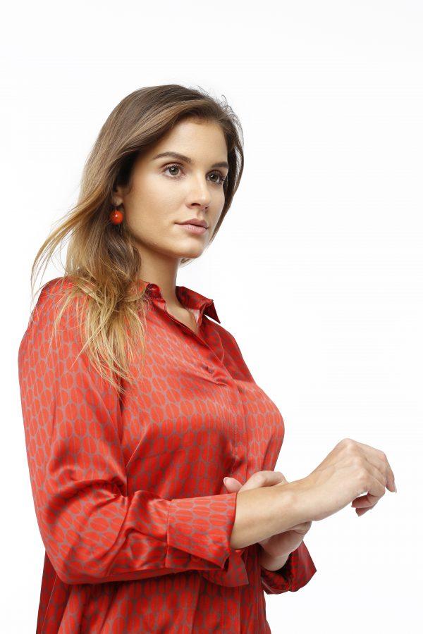 Seienbluse Lauren rot terracotta Detailansicht